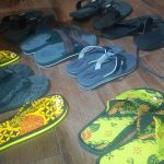Sanda-sandal dari ban bekas karya Pak Haryanto